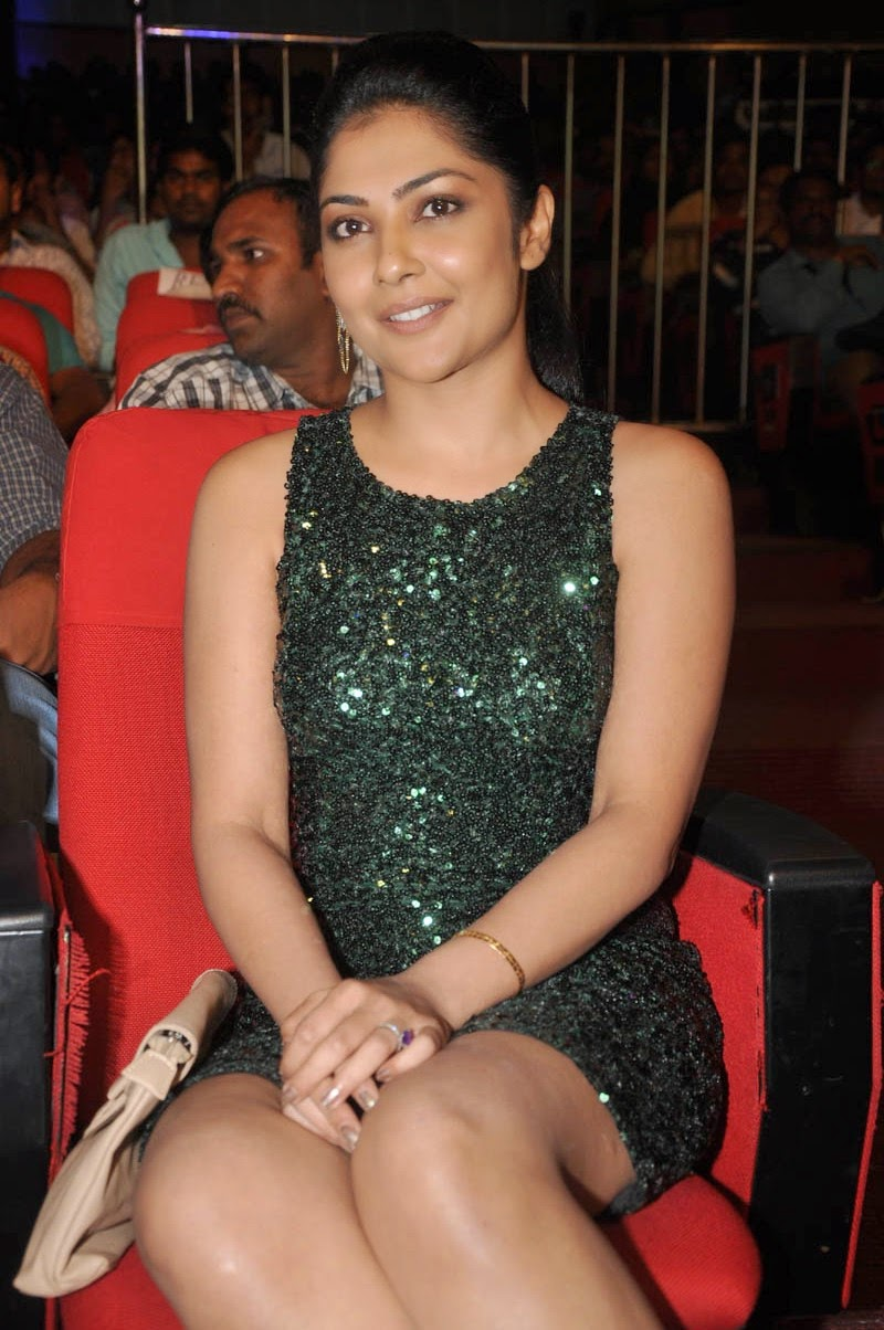 Kamalini Mukerjee latest glam pics-HQ-Photo-17
