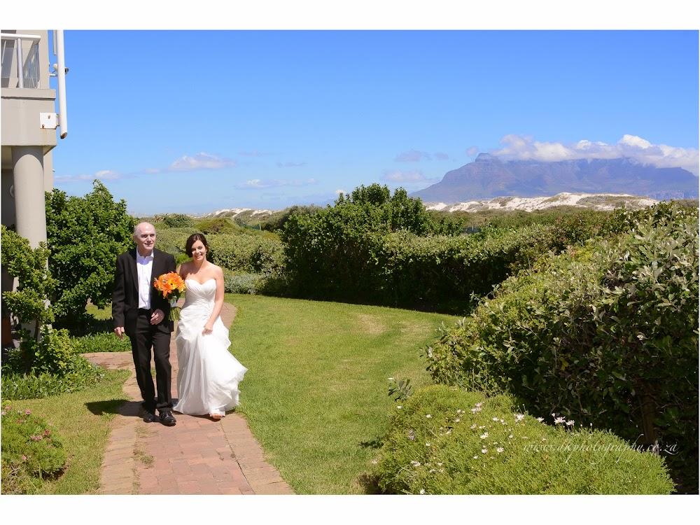DK Photography LASTBLOG-028 Stefanie & Kut's Wedding on Dolphin Beach, Blouberg  Cape Town Wedding photographer