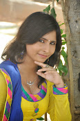 Swapna Photo shoot at debut movie launch-thumbnail-1