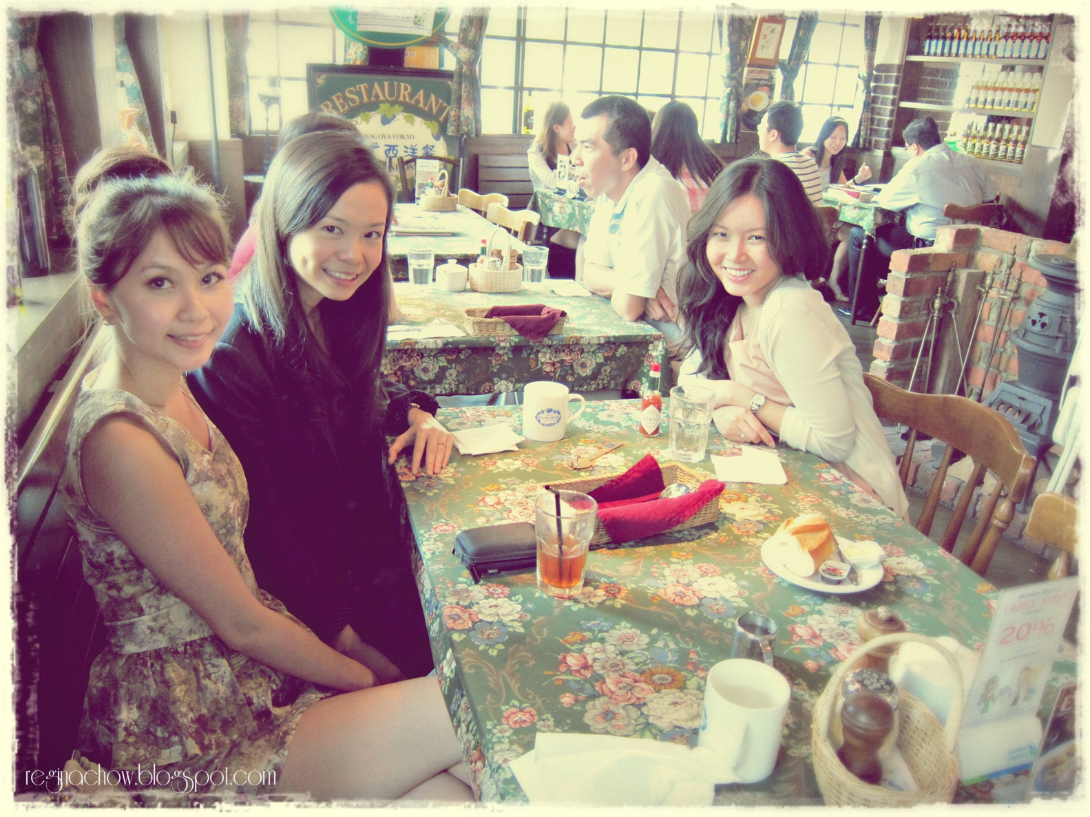 Ma maison with the ladies regina chow singapore for Aloha ma maison singapore