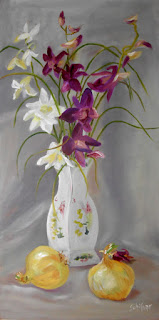 Kath Schifano painting flowers from Bobbie