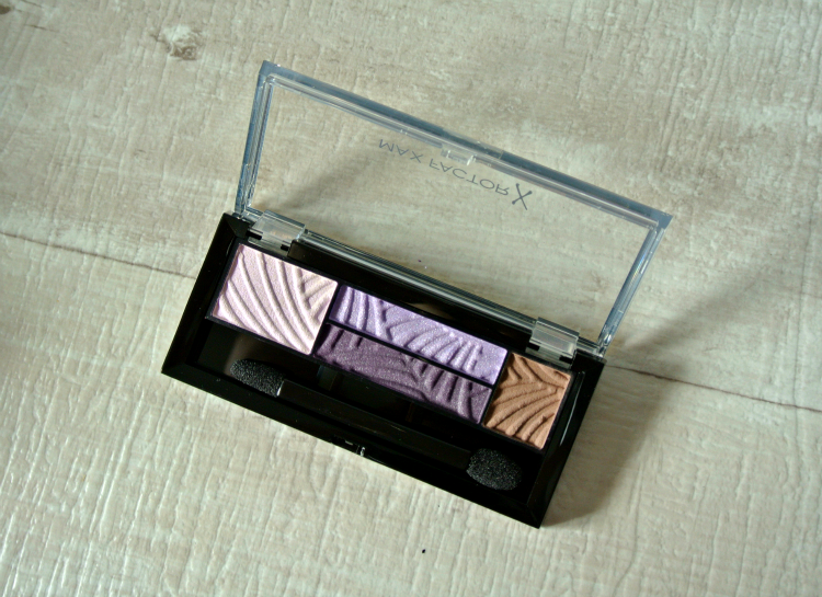 Max Factor 04 luxe lilacs Shadow quads pudrijera swatch review