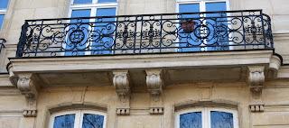 balcon du 31 quai de Bourbon à Paris