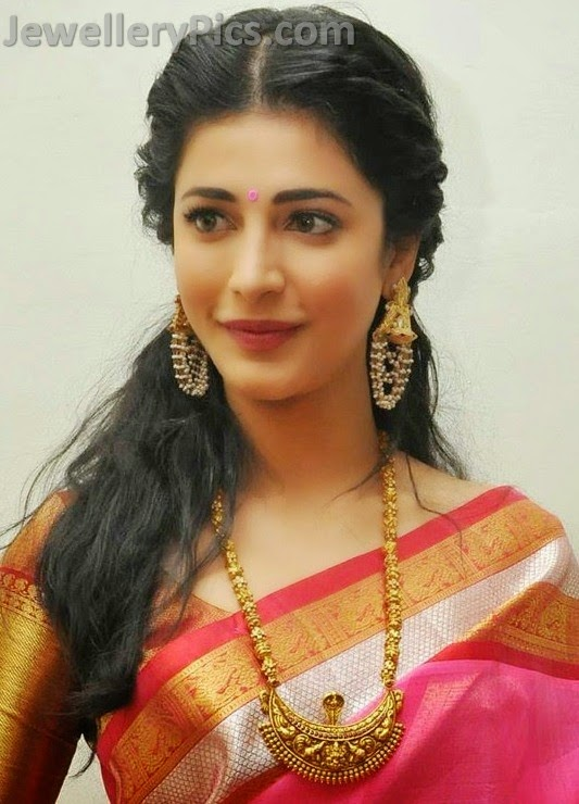 temple haram by sruthi hasan