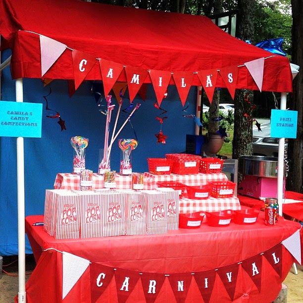 Reader Amanda Uriarte with her Carnival Booth  sc 1 st  Miss Party Mom & Miss Party Mom:  Miss Party Momu0027s  How-To PVC Canopy Tutorial