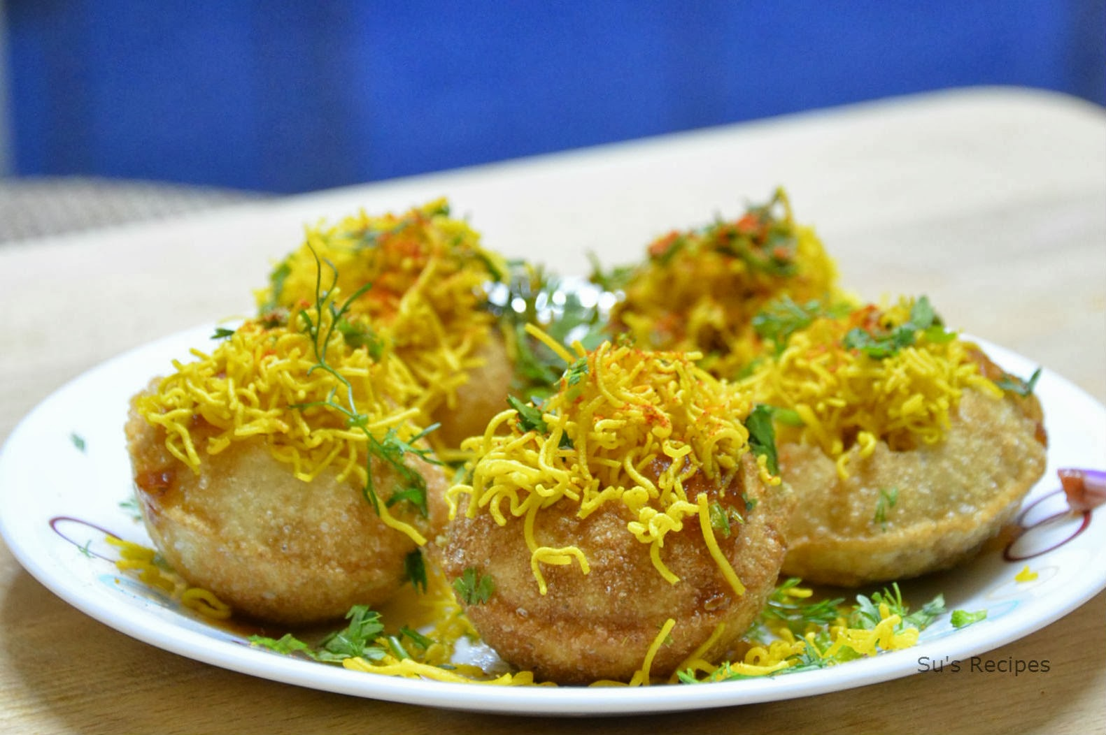 sev puri, sev puri chaat, indian street food, indian chaats, chaats, sev