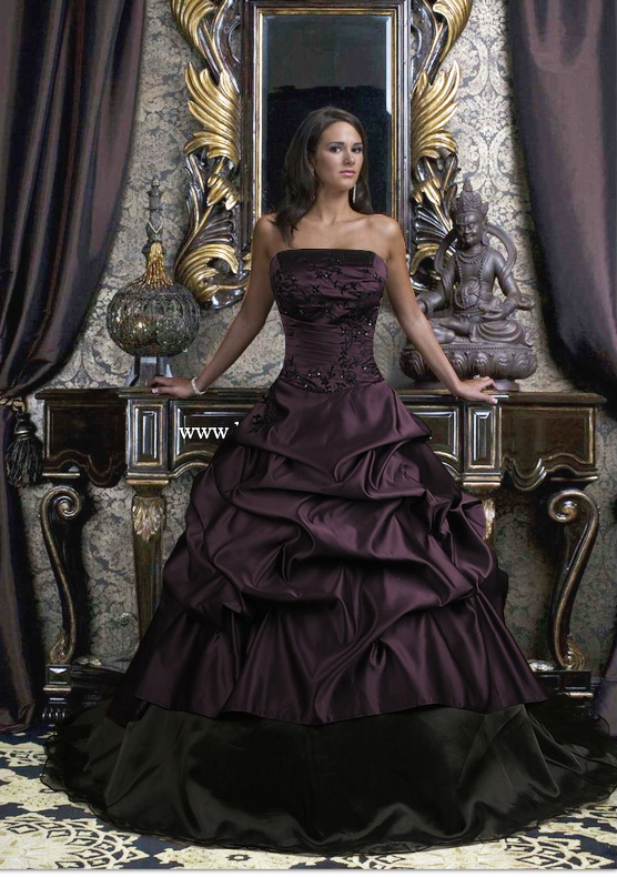 gothic victorian weddign dress