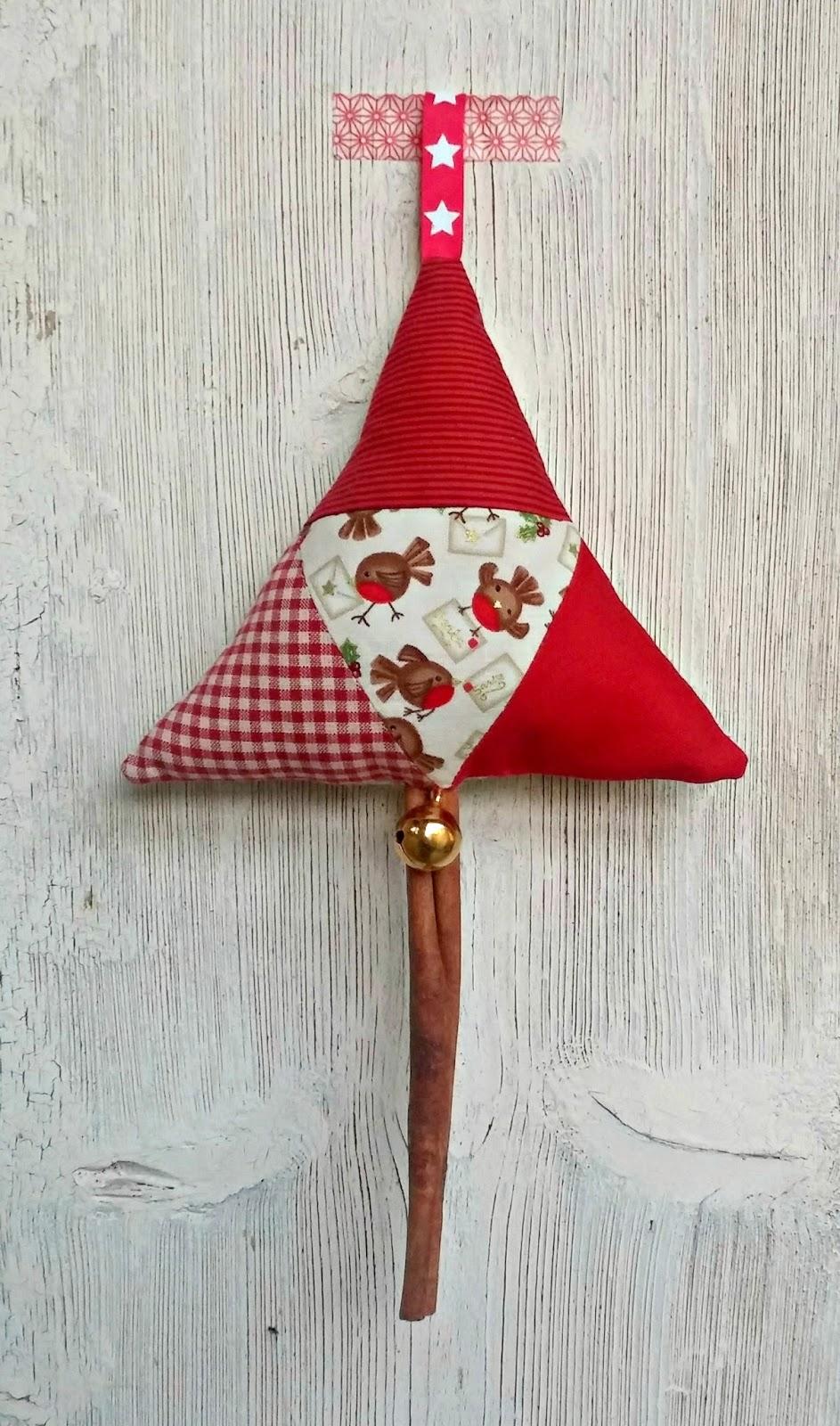 Ella nesta 39 s little room come creare decorazioni - Decorazioni natalizie per la porta di casa ...