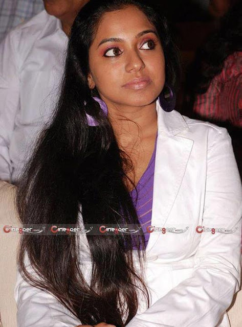 long hair tamil actress in film fair awards function