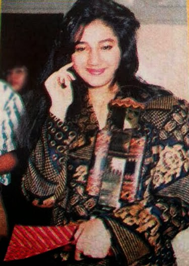 GADIS SAMPUL FAVORIT 1990