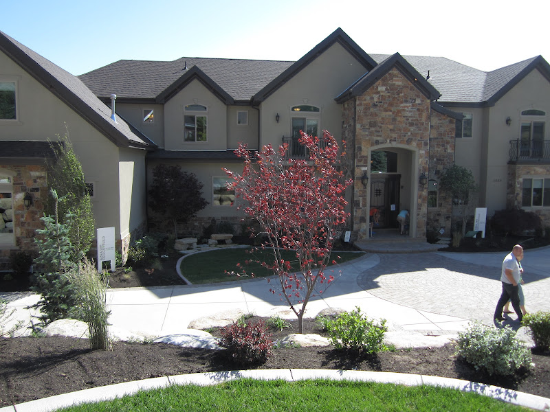 Utah Valley Parade of Homes 2012: Great 2-Story Family Room title=