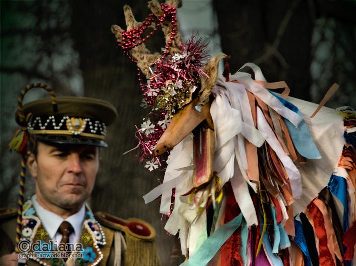 http://3.bp.blogspot.com/-8P7QDmDcSxQ/TucBm0zQwvI/AAAAAAAAGtk/U_8Pv2qcddo/s1600/muzeul-satului-village-museum-romanian-christmas-traditions_139.jpg