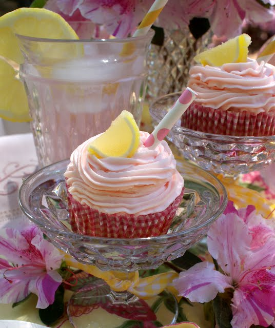 How To Make Pink Cupcakes With Yellow Cake Mix