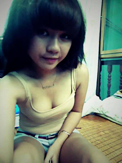 Indonesianngentot cewek cantik dan toge 7