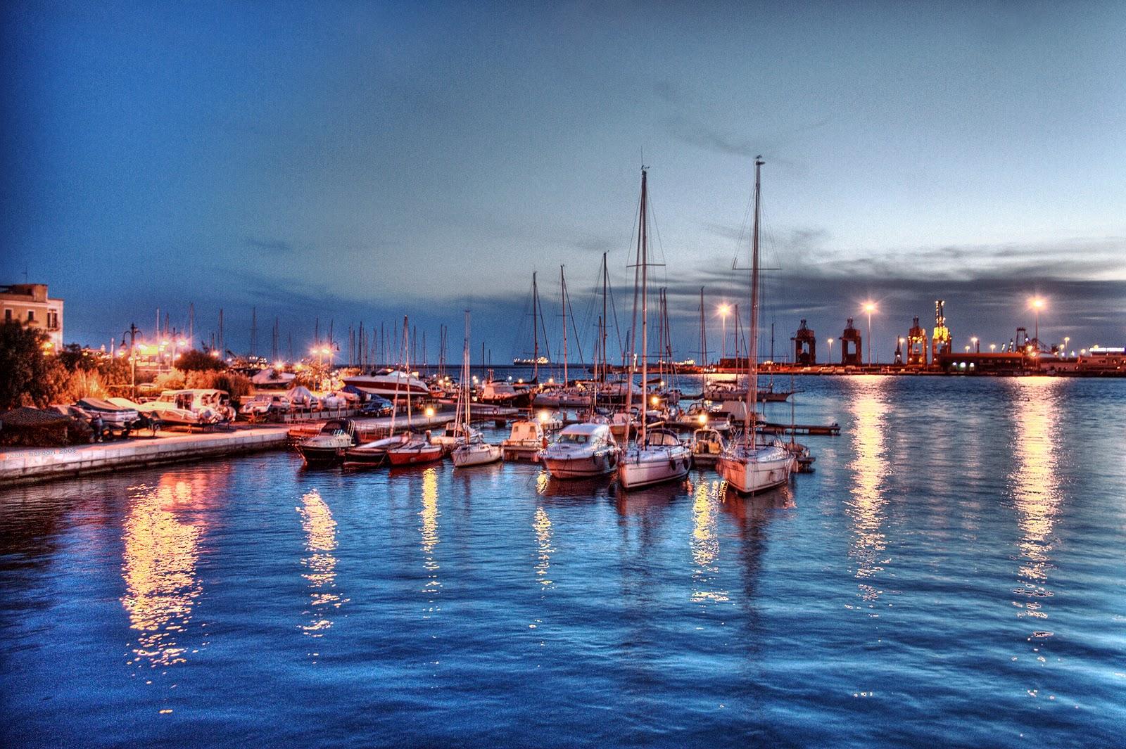 Taranto Italy  City new picture : Fotoğraflar,İtalya'nın çeşitli yerlerinde çekilmiş.