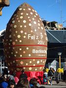 El sol le jugo una mala pasada al huevo de pascuas mas grande del mundo dsc