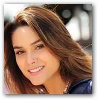 La actriz Fernanda Machado es Luciana Alencar en Insensato Corazón