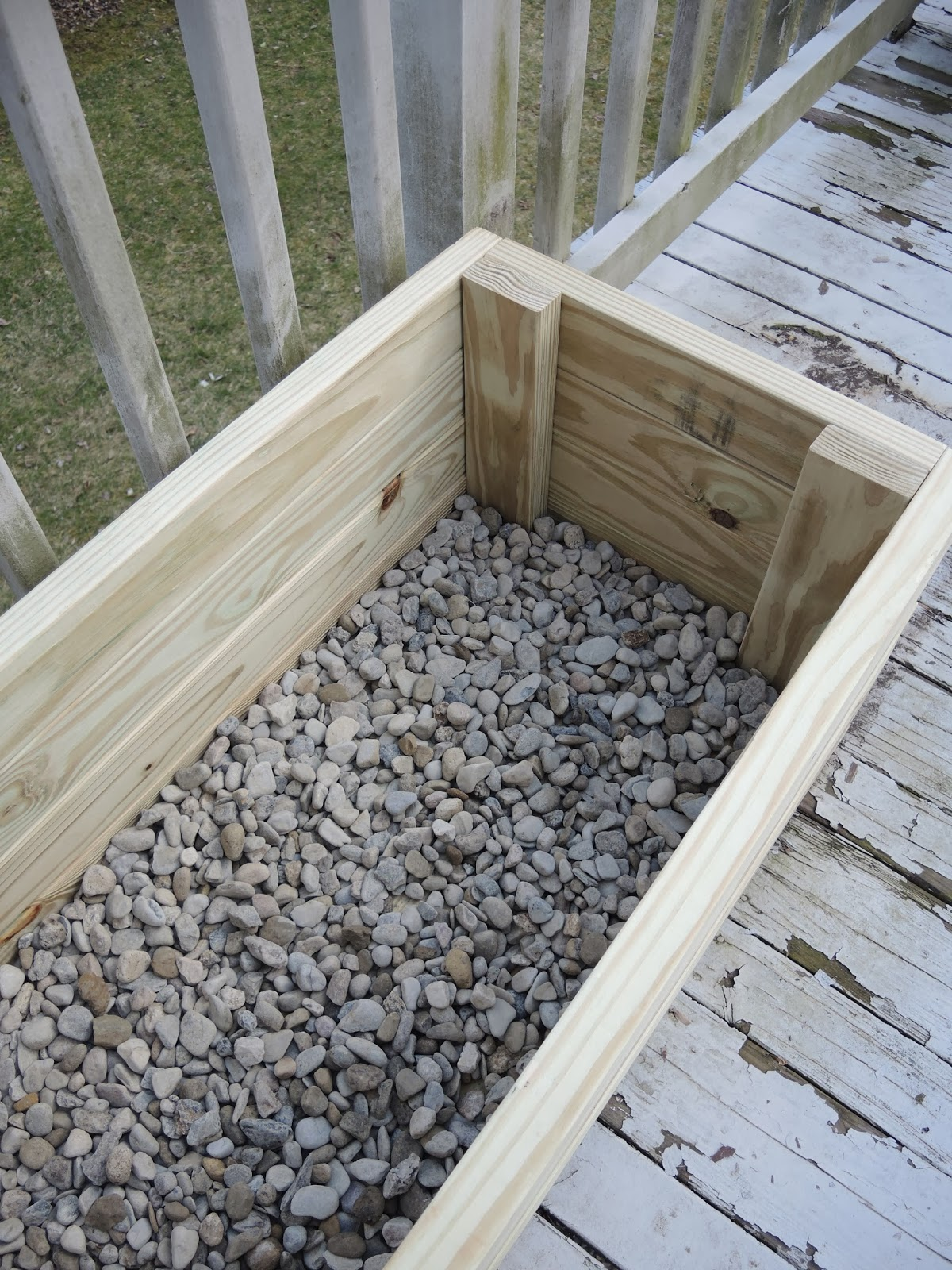 http://www.cmshawstudios.blogspot.com/2013/04/how-to-build-planter-out-of-pressure.html
