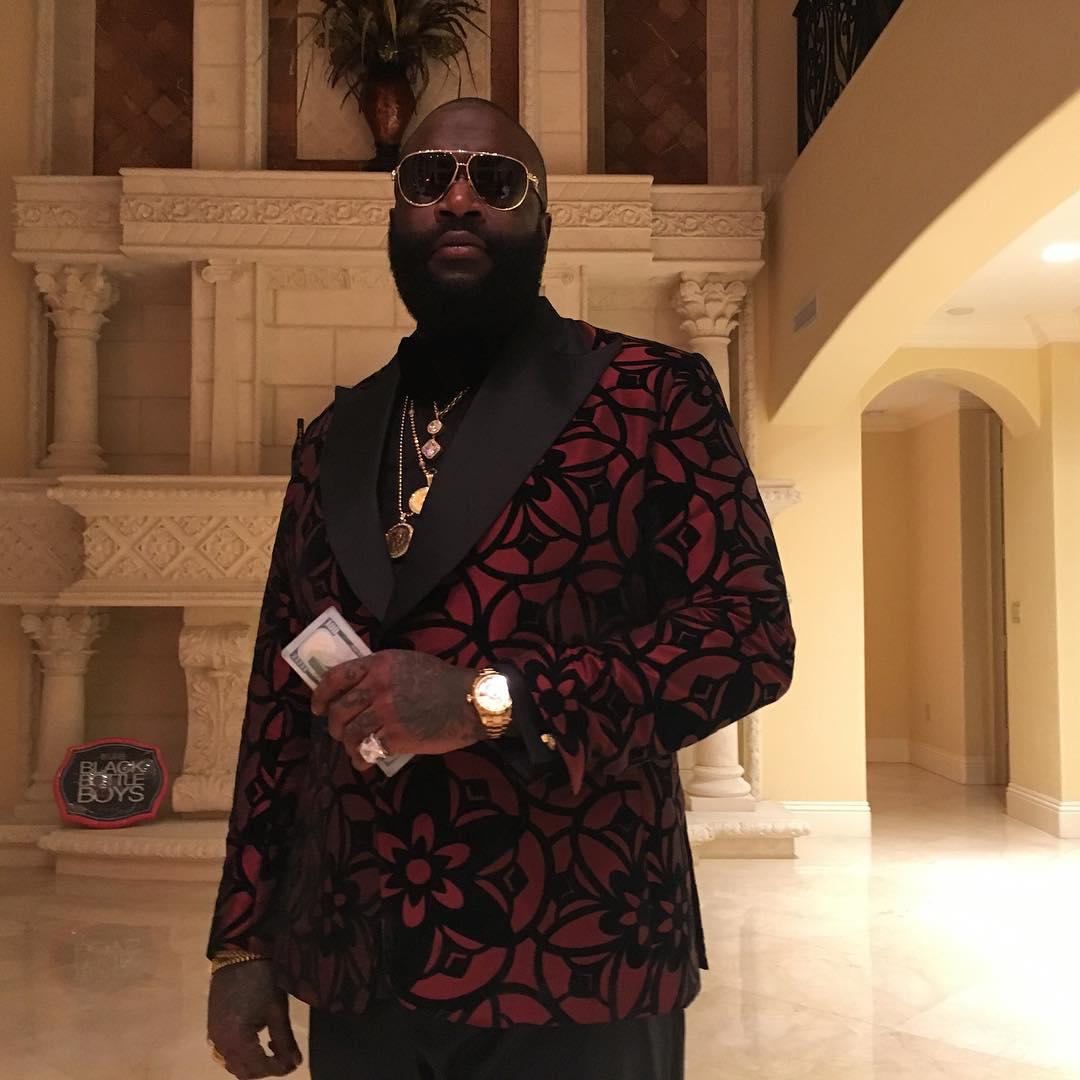 Rick Ross responde zoação que o 50 Cent fez sobre o álbum 'Black Market'
