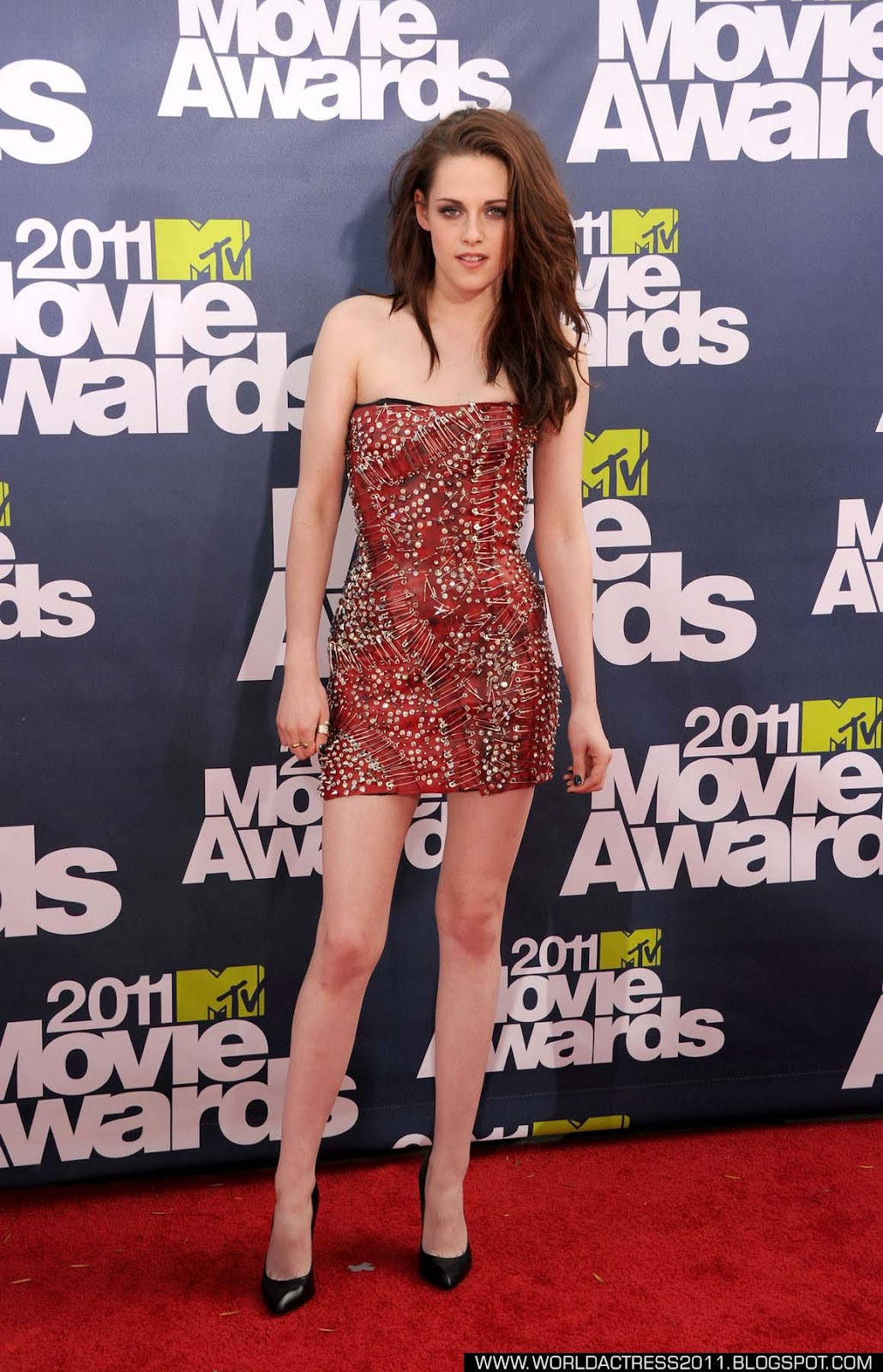 kristen stewart,MTV,award,red carpet,gallery,hot,breast,nipple slip,topless