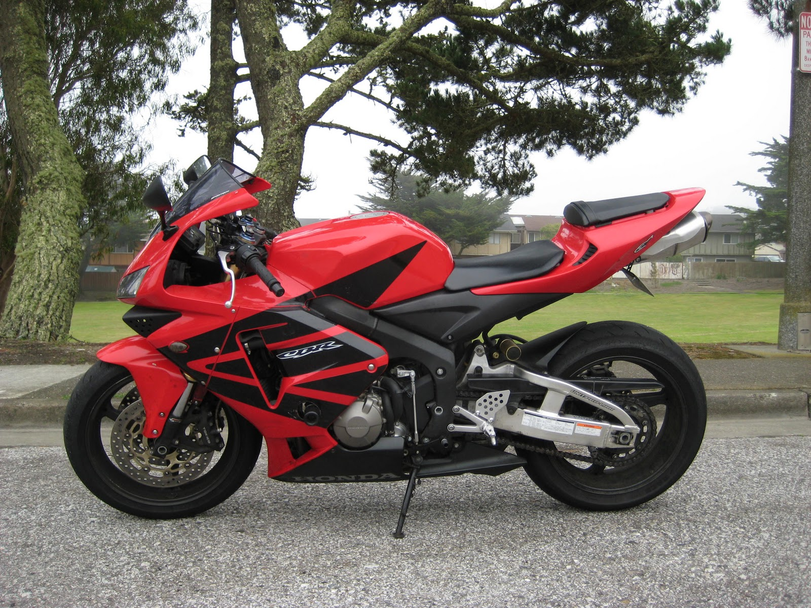 Monsterbiker01 2005 Honda Cbr600rr