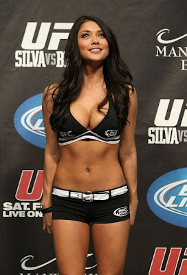 Fotos Arianny Celeste - Ring girl do UFC 5