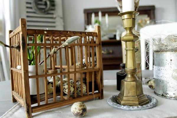 dekorationsideen ostern haustür kranz farnen karotten