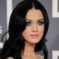 Sensual Lips with Fuschia Color Like Katy Perry