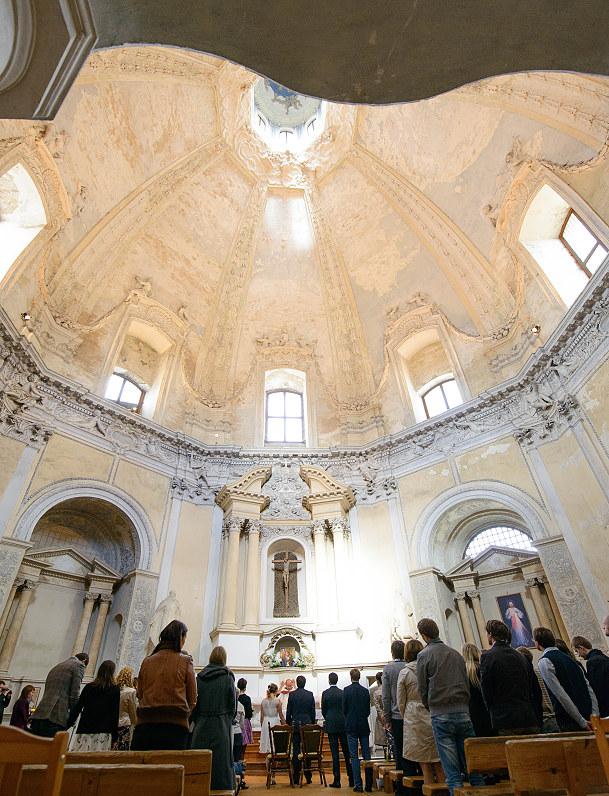 graži bažnyčia vestuvėms