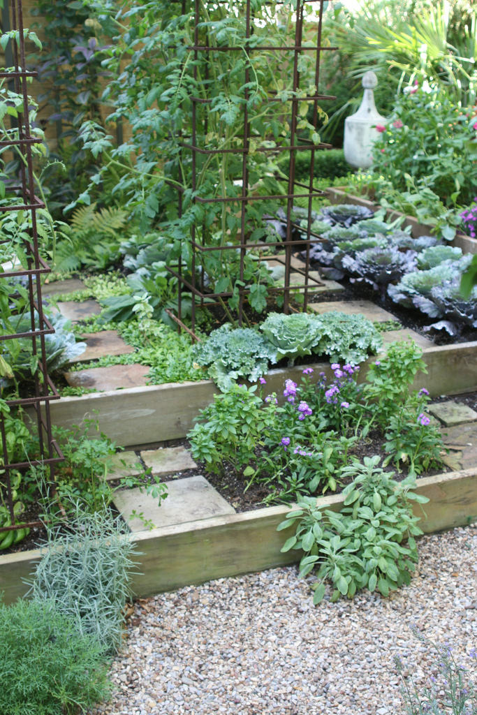 Ewa in the garden 24 beautiful photos of edible landscape for Garden design inspiration
