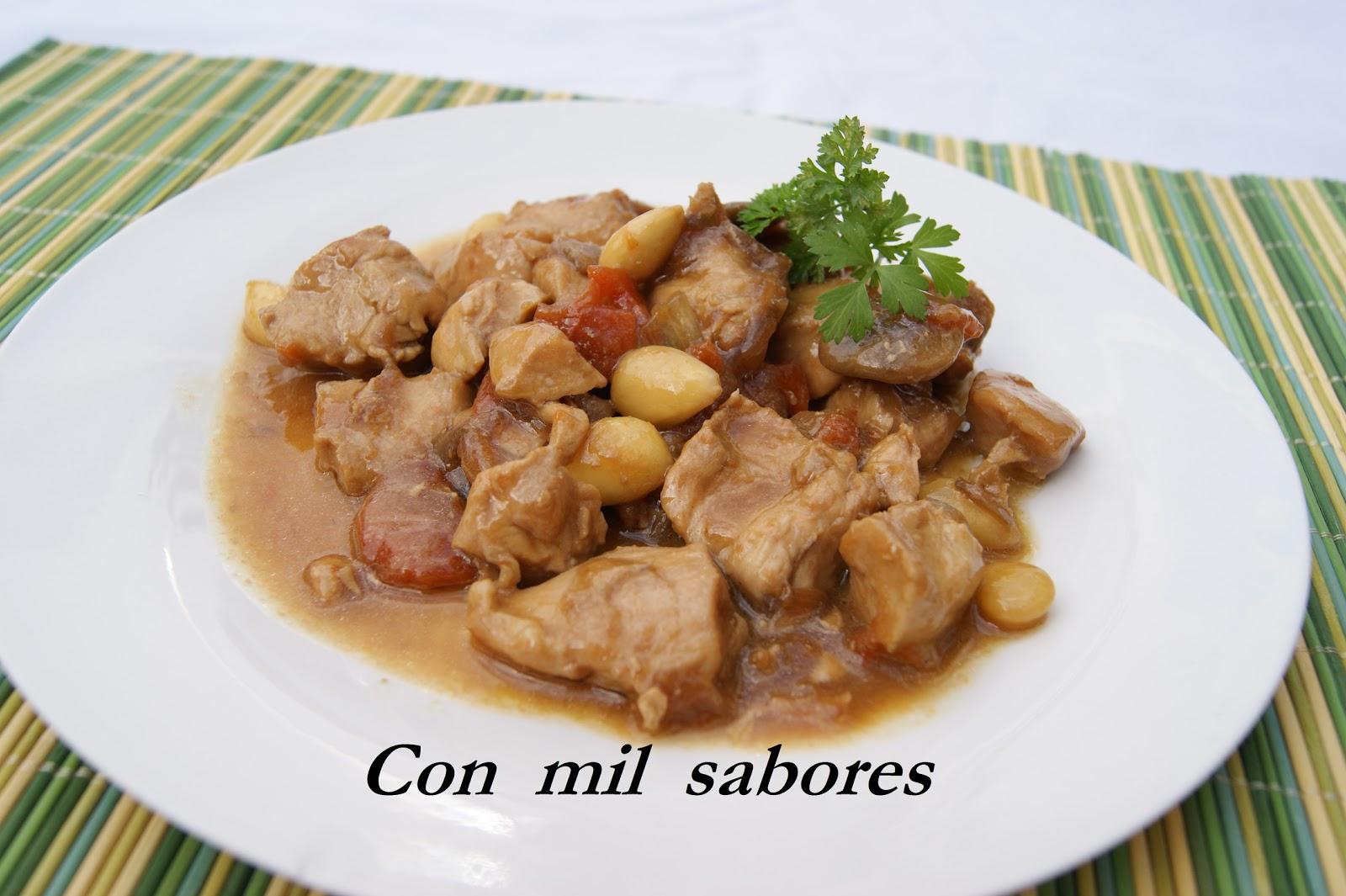 comida china pollo con almendras: