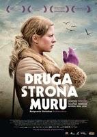 http://www.filmweb.pl/film/Druga+strona+muru-2013-701917