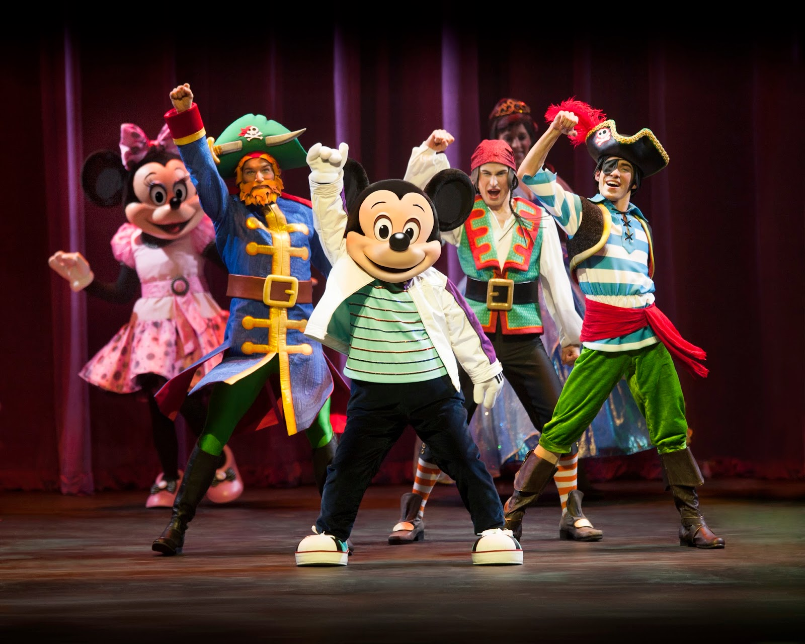 Micky and Minnie at @DisneyLive Pirate & Princess Adventure