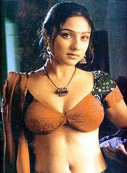 Hot Photos, Body Measurements, Movie Dialogues, Box Office
