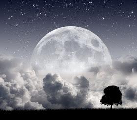 8 Misteri Dan Fakta Aneh Yang Menyertai Pembentukan Bulan [ www.BlogApaAja.com ]