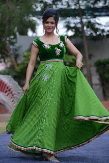 Shilpa Chakravarthy gorgeous stills 018.jpg