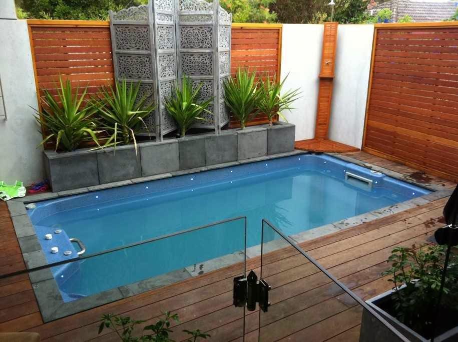 Modern Fence for Small Backyard