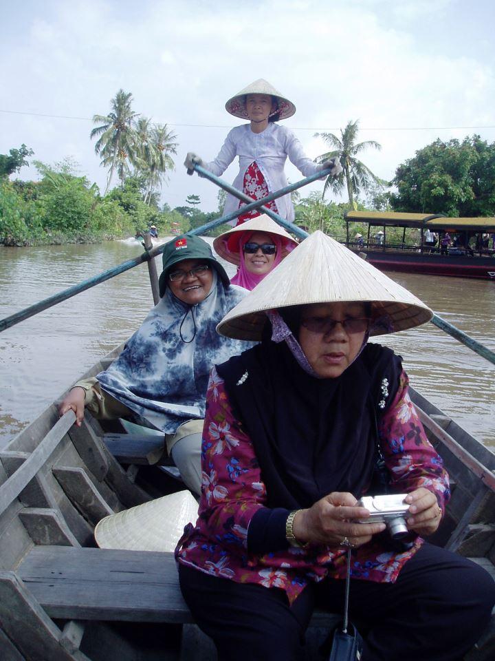 VIETNAM - October 2011