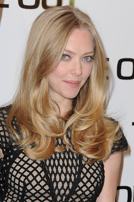 Amanda Seyfried Long Center Part Hairstyle