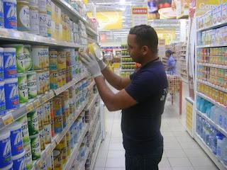 Pro Consumidor cierra Supermercado por falta de higiene