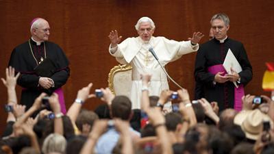 """""""Ide e fazei discípulos de todos os povos"""" é o lema da Jornada Mundial da Juventude de 2013."""
