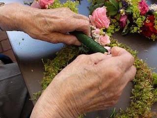 Rosenprojekt in der Arbeit mit demenziell Erkrankten