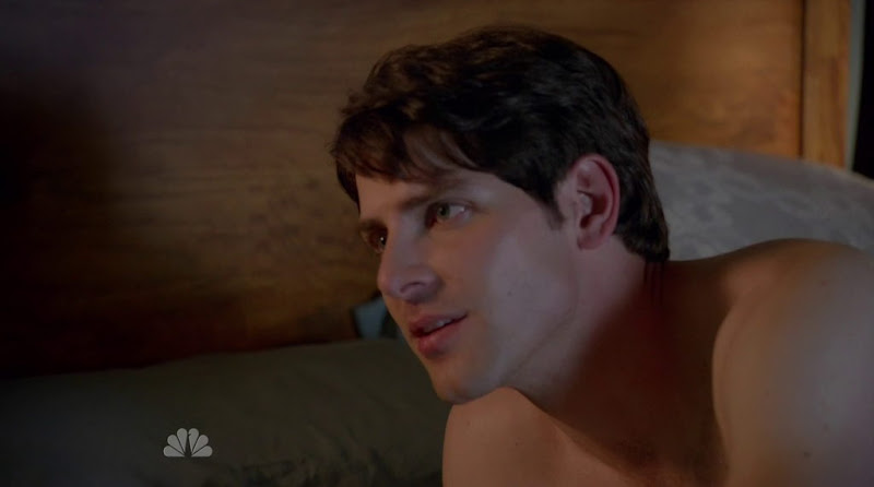 David Giuntoli Shirtless in Grimm s1e02
