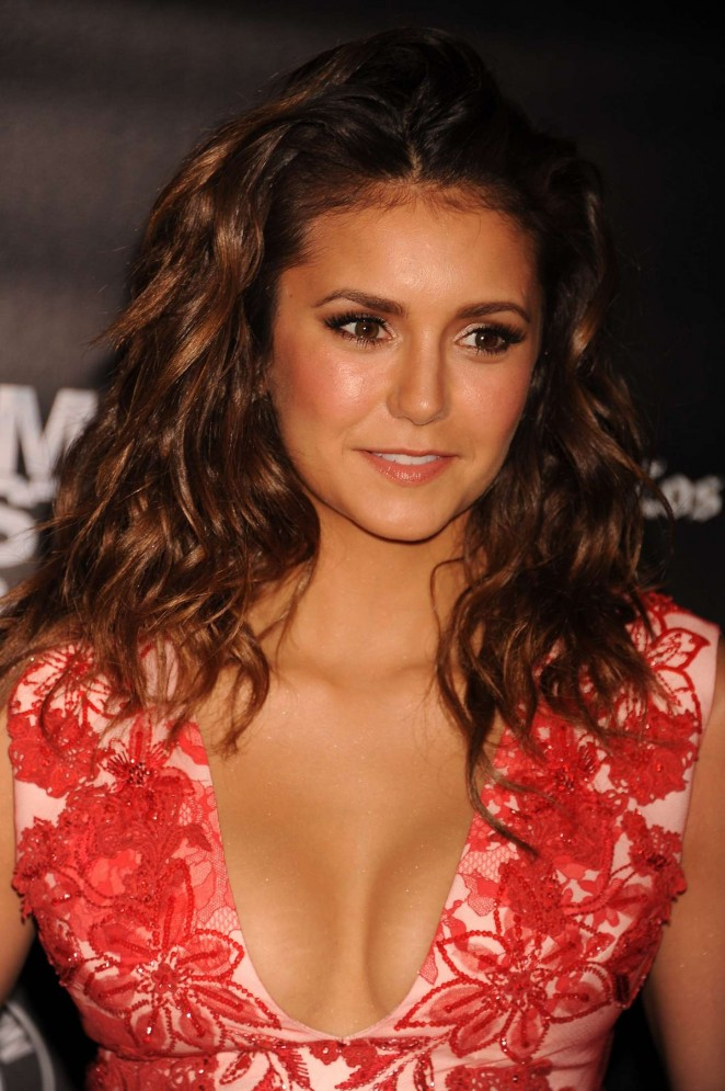 nina dobrev puts ample cleavage on display at 39 the final. Black Bedroom Furniture Sets. Home Design Ideas