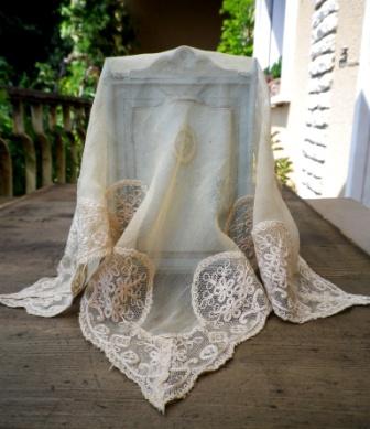 fazzoletto in pizzo antico e seta 1800