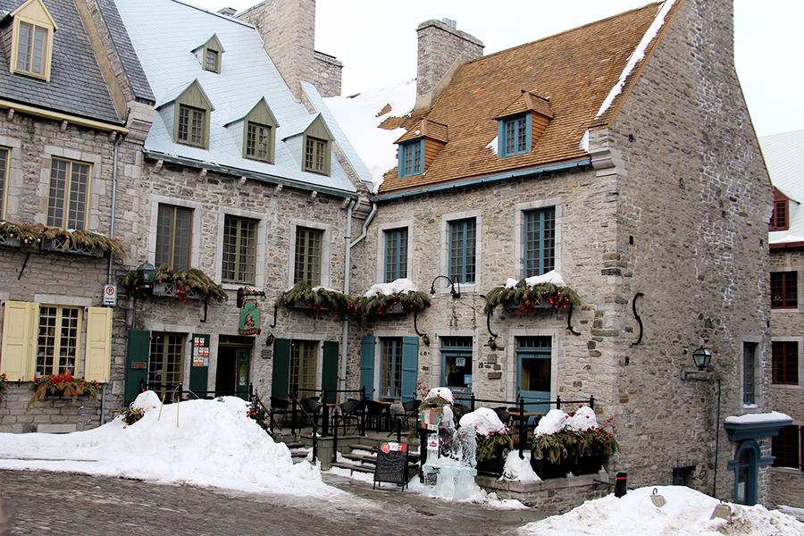 Québec place royale