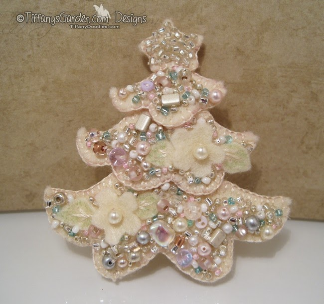Beaded broche from digital stamp tiffany doodles
