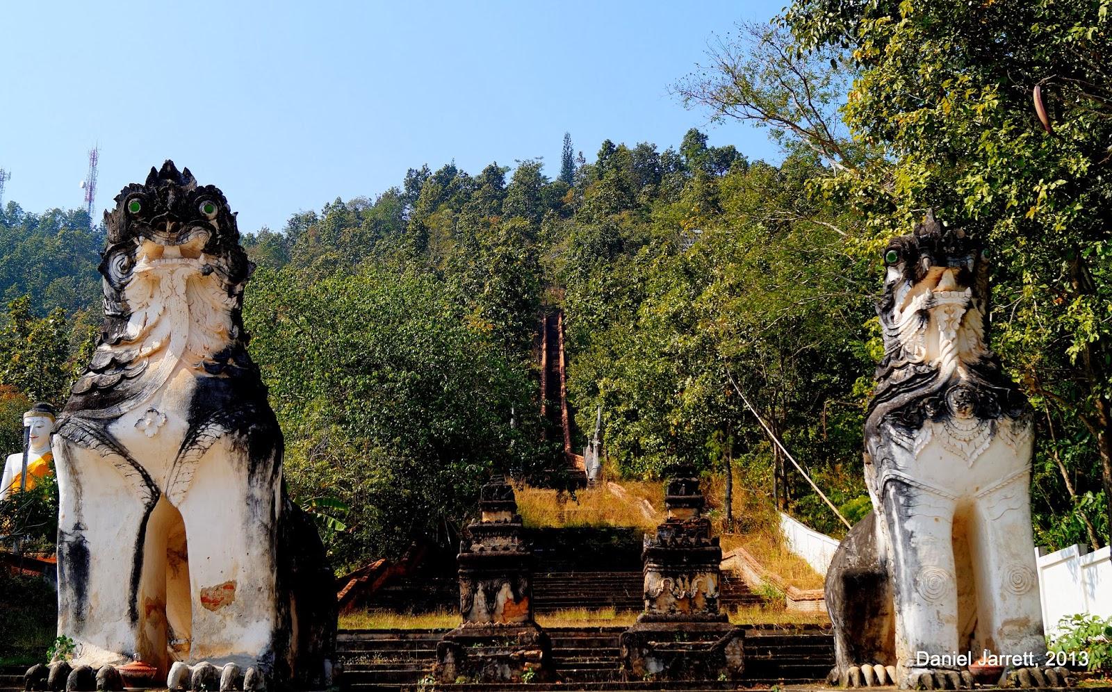 Wat Phra Non Mae Hong Son