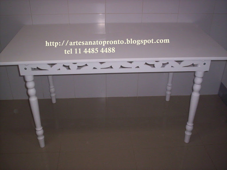 mesa  routher R$ 410,00 medidas 1,60x80x80