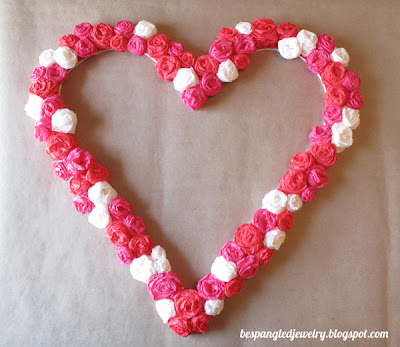 DIY rosette heart frame - valentines or wedding craft / photobooth prop